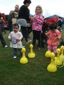 Maidstone Mela 2013 ...the duck game. NO PAY TO PLAY at The Mothers' Union stall.
